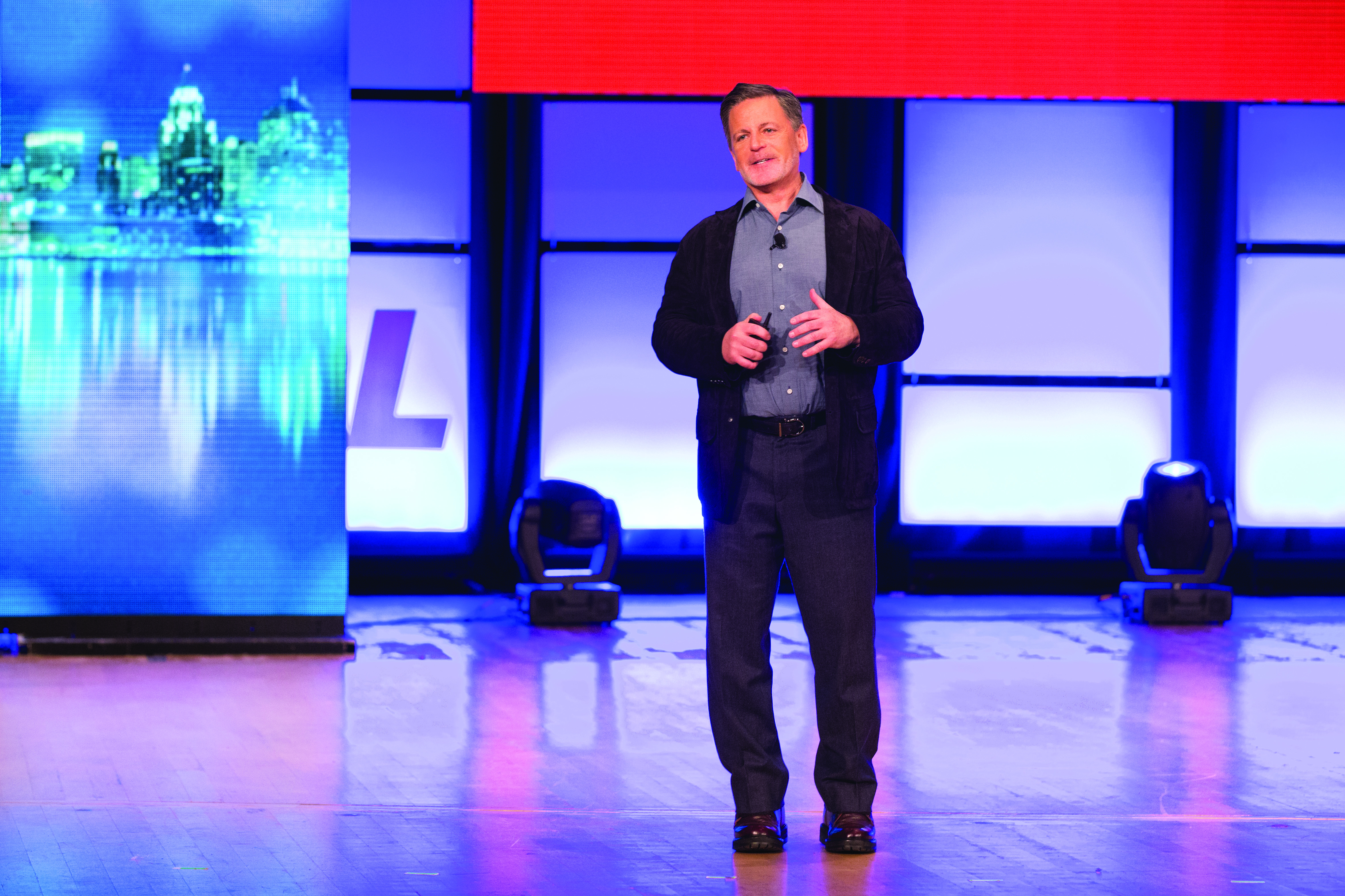 ISMs Day, July 2015., Dan Gilbert speaking to team members about the Quicken Loans and FOC culture and ISMs.